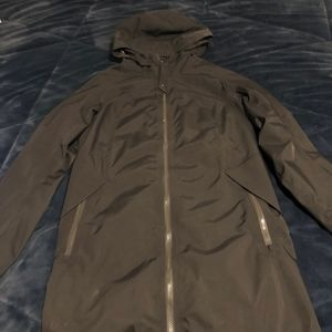 Lululemon Women's Rain Jacket